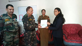 Disha Sandeep Jadhav awarded with 'Defense Secretory's Commendation card and a cheque of Rs.10,000